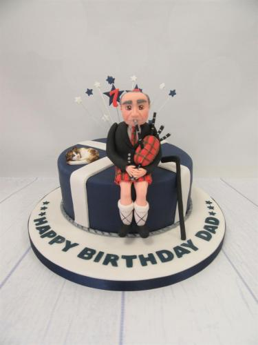 Scotsman with Bagpipes Cake.