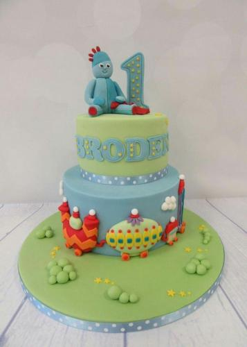 In the Night Garden Iggle Piggle tiered Cake.